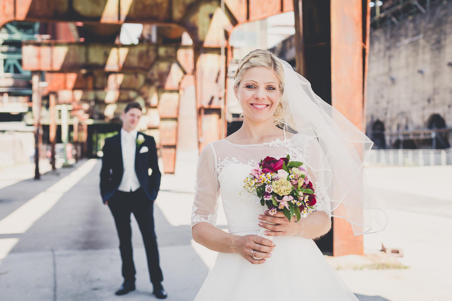 Standesamtliche Hochzeit auf der Henrichshütte in Hattingen mit Hochzeitsfeier in der Event Kuppel vom Satkom-Tower