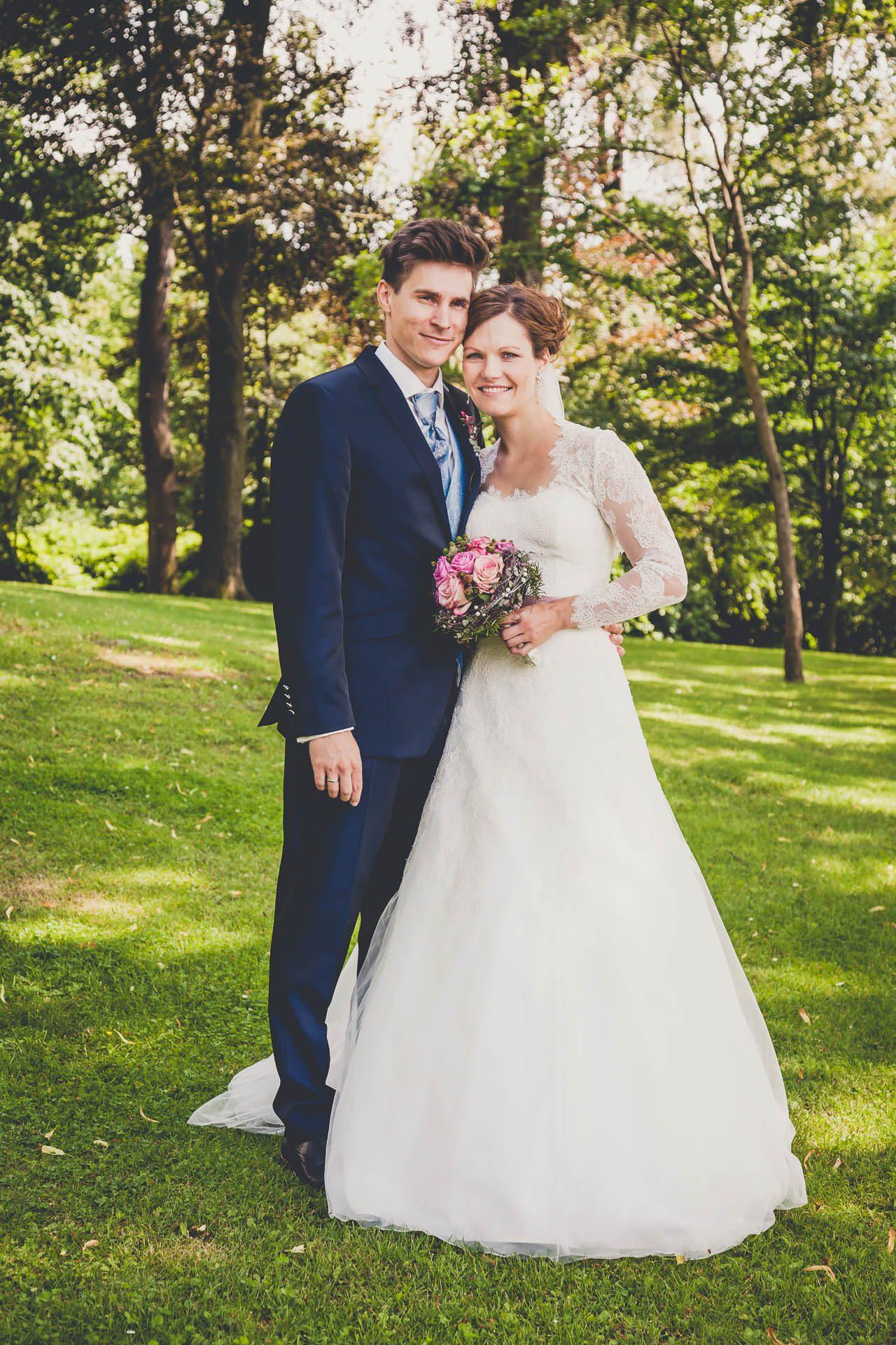 Hochzeitsfotos im Herminghaus Park in Velbert