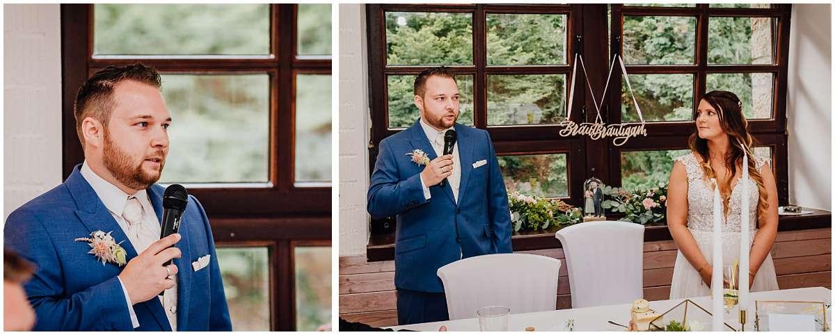 Hochzeitsfotograf Bochum Sommerhochzeit Corona draussen freie Trauung Kemnader See Seeblick Bochum Hochzeitsfeier