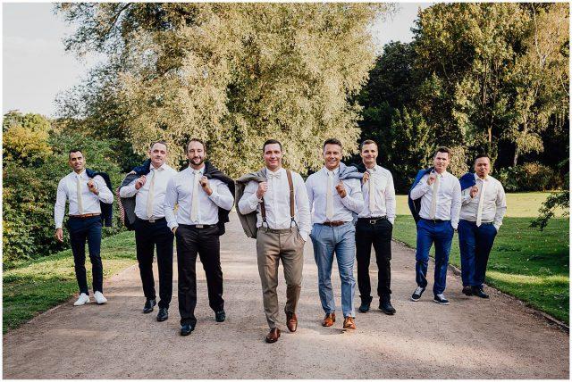 Hochzeitsfotograf Gelsenkirchen Schloss Berge Groomsmen