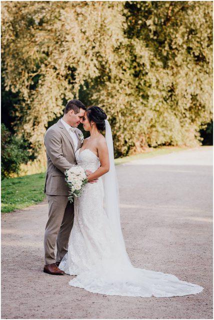 Hochzeitsfotograf Gelsenkirchen Schloss Berge Brautpaar