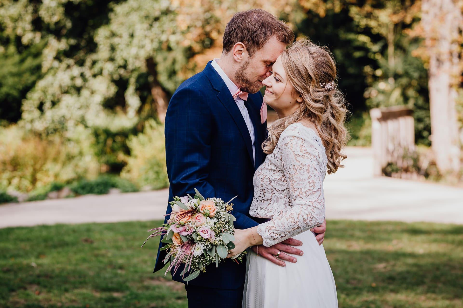 Hochzeit Schloss Borbeck Essen Hochzeitsfotos Brautpaarfotos Brautpaarshooting